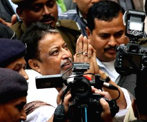 Mukul Roy appear before CBI