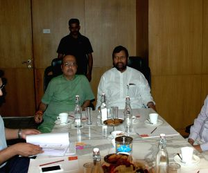 Ramvilas Paswan meets Bureau of Indian Standards official
