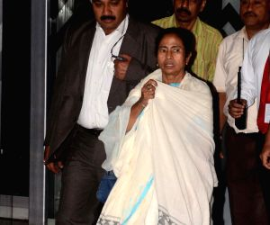 WB CM returns from Bangladesh