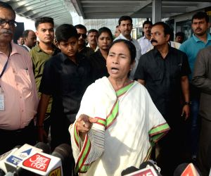 WB CM returns back from Bangladesh
