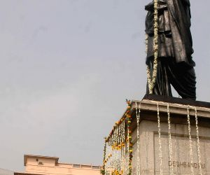 WB Gov pays tribute to freedom fighter on his birth anniversary