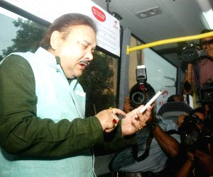 WB Minister launches Smart Bus service