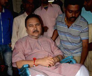 Madan Mitra at SSKM hospital