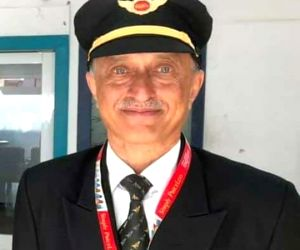 Capt Deepak Sathe cremated with full state honours