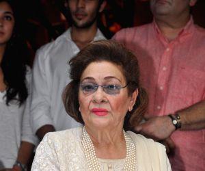 :Krishna Kapoor wife of late Raj Kapoor at unveils Shashi Kapoor`s hand imprint tile for UTV Stars Walk of the Stars at Prithvi Theater in Mumbai on  9th November 2013. (Photo : IANS) .