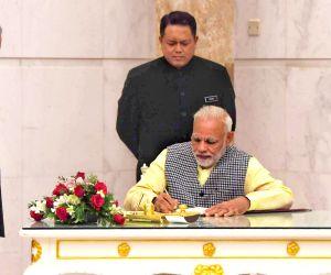 Kuala Lumpur (Malaysia): Modi meets Malaysian PM
