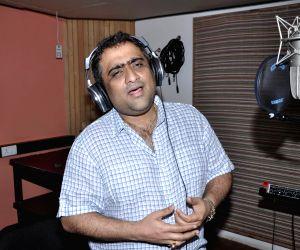 Kunal Ganjawala: I'm okay being the voice of adult pop love songs