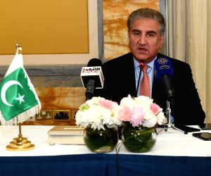 KUWAIT CITY, May 19, 2019 (Xinhua) -- Pakistani Foreign Minister Shah Mahmood Qureshi speaks at a press conference in Kuwait City, Kuwait, on May 19, 2019. Pakistan is ready to facilitate de-escalation of tension in the region and support peace and s