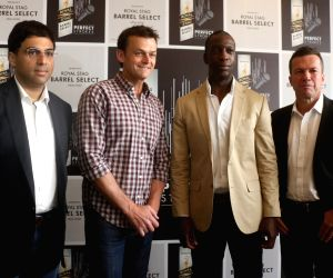 Press conference - Michael Johnson, Viswanathan Anand, Adam Gilchrist