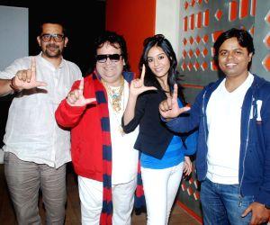 Bappi Lahiri, Amrita Rao and Arshad Warsi at a song recording for Jolly LLB