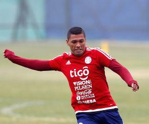 La Serena: Paraguay national soccer team training session