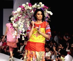 PAKISTAN-LAHORE-FASHION WEEK - Designer Ittehad