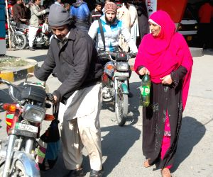 PAKISTAN LAHORE PETROL SHORTAGE