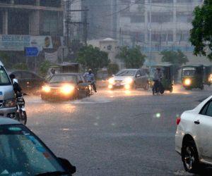 PAKISTAN LAHORE RAIN