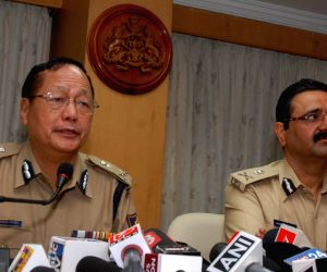 DG, IGP addressing media about yesterday's bomb blast in Bengaluru
