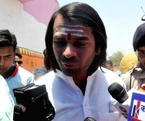 Lalu Prasad Yadav's elder son and RJD leader Tej Pratap Yadav at a pollling booth during the seventh and the last phase of 2019 Lok Sabha Elections at a polling booth in Patna on May 19, 2019. ...