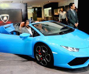 Lamborghini Huracan LP 610-4 Spyder - launch