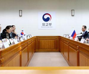 S. Korean, Russian nuke envoys meet