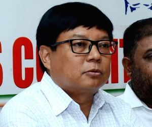 Citizenship Bill spurring Assam youth to take up arms: Congress