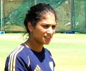 India tour to Eng: Sthalekar blasts BCCI for ignoring bereaved Veda