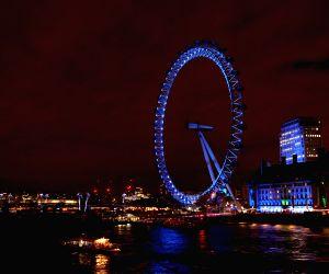 BRITAIN LONDON CHRISTMAS NIGHT VIEW