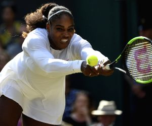 Serena falls short against Kvitova in Cincinnati