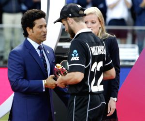 London: New Zealand captain Kane Williamson with cricket legend Sachin Tendulkar during the 2019 World Cup presentation ceremony at Lord's in London on July 15, 2019. (Photo: Surjeet Yadav/IANS)