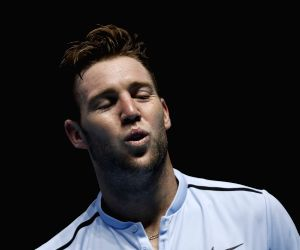(SP)BRITAIN LONDON TENNIS ATP FINALS FEDERER VS SOCK
