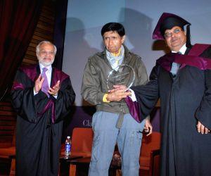 "Lord Bhikhu Parekh,  Dev Anand and Subhash Ghai honoured by ""Whistling Woods""."