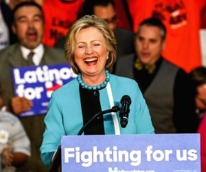 US LOS ANGELES DEMOCRATS CLINTON CAMPAIGN