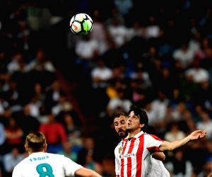 MADRID, April 19, 2018 - Ath. Bilbao's Mikel San Jose (C) competes during a Spanish league match between Real Madrid and Athletic Club Bilbao in Madrid, Spain, on April 18, 2018. The match ended 1-1.