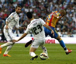 Real Madrid V/S Valencia - Spanish Primera Division league