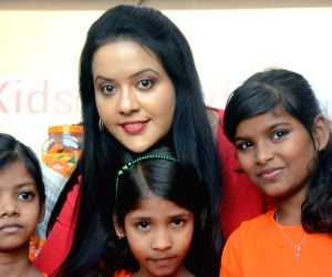 "Amruta Fadnavis during ""Be Positive"