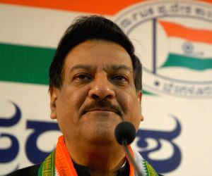 CM Prithviraj Chauhan addressing press conference in Bengaluru