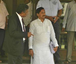 Sunil Tatkare appears before ACB