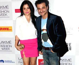 Manish Malhotra's show at Lakme Fashion Week Winter/ Festive 2013 - Day 1