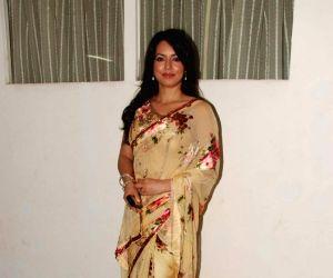 Mahima Chaudhary at Baisakhi bash hosted by Charan Singh Sapra at Bandra. (Photo: IANS