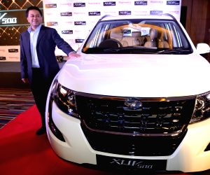 Mahindra launches 'Plush New XUV 500