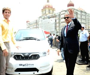 Flagging off ceremony of Self-drive Mahindra Electric Vehicles