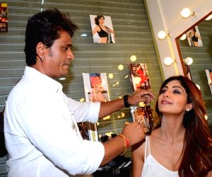 Shilpa Shetty inaugrates makeup artist Ajay Shelar's training academy