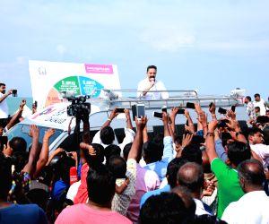 Kamal Haasan visits Gandhi Mandapam