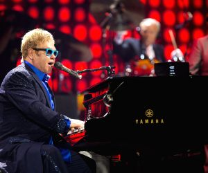 Elton John says cocaine binges fuelled his sex appetite