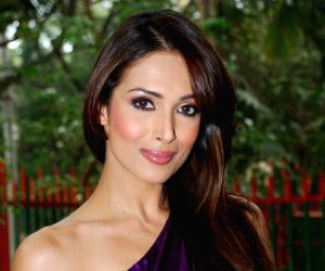 Dancing diva Malaika Arora wraps RRANG Bollywood dance show in USA
