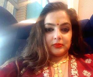 Mamata Kulkarni, 1990s heroine and drug bust accused, surfaces on Instagram (Ld)