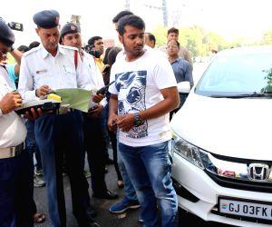 Man drags traffic cop on car's bonnet, video goes viral