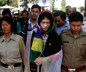 Irom Sharmila acquitted by Delhi court