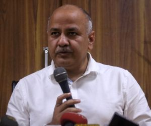 Delhi govt to focus on teachers' training: Sisodia