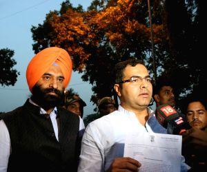 Manjinder Singh Sirsa, Parvesh Verma talk to press