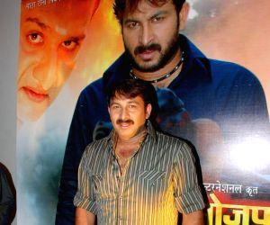 Manoj Tiwari at Bhojpuria Don film music maunch at La Mode.