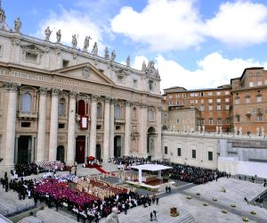 Know The Vatican - 15 facts about the Papal Seat!!